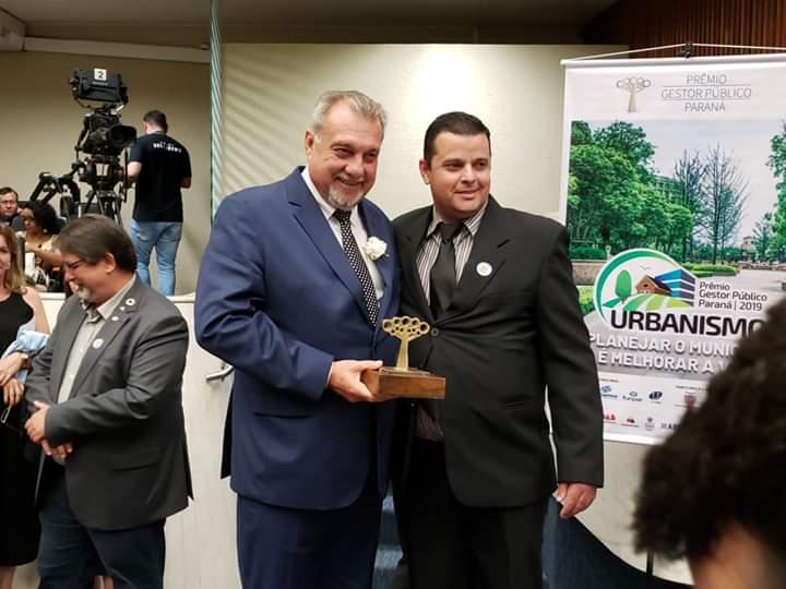 Secretário municipal de Ubiratã tem trabalho premiado na Assembleia Legislativa do Paraná